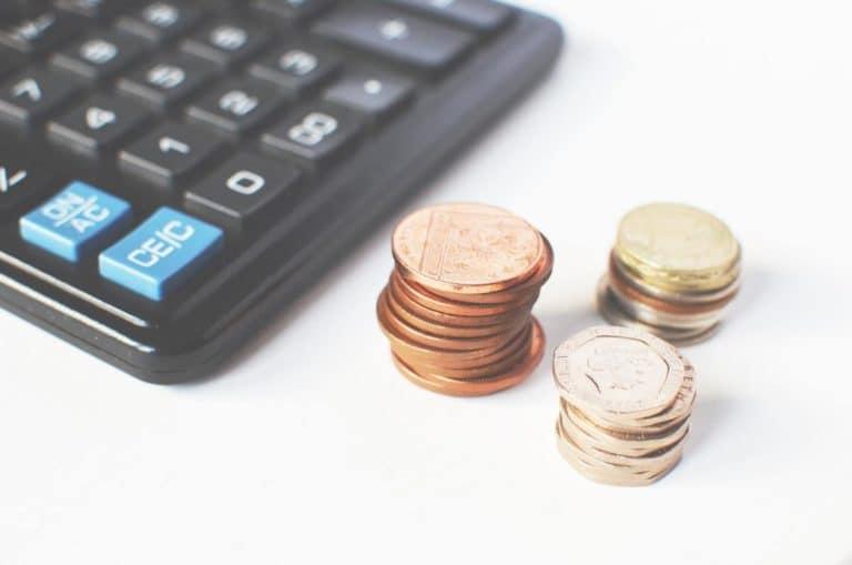 pièces et calculatrice