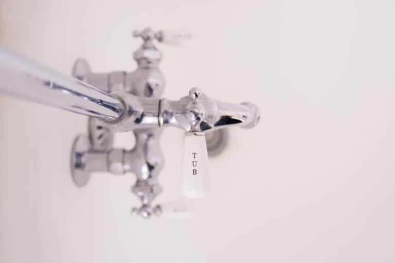 installation chauffe eau tuyau