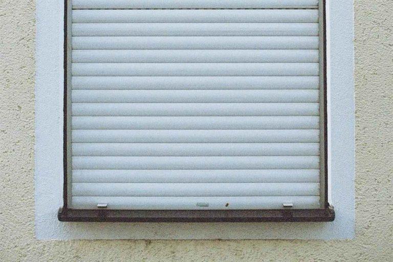 volet roulant et fenêtre