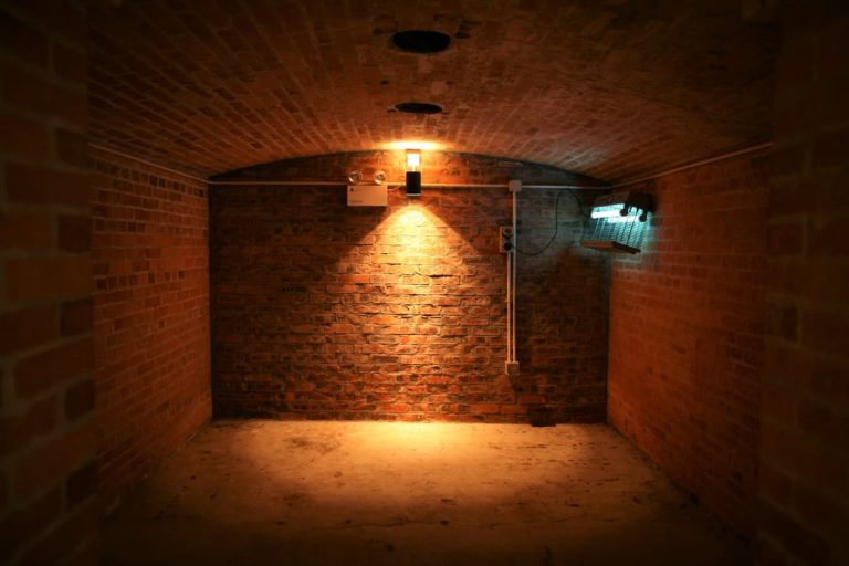 isolation-plafond-sous-sol-hourdis
