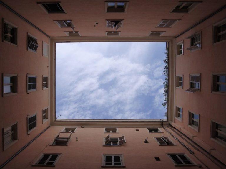 cour d'immeuble