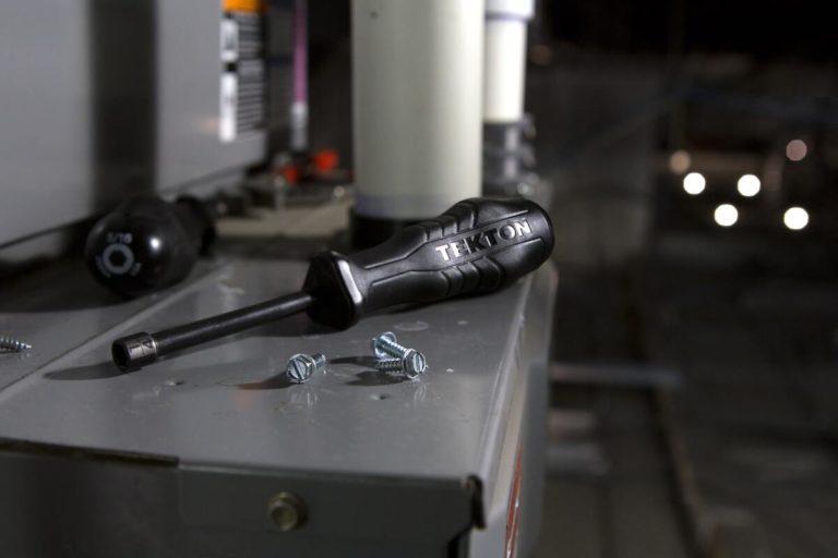 outils entretien chaudière électrique