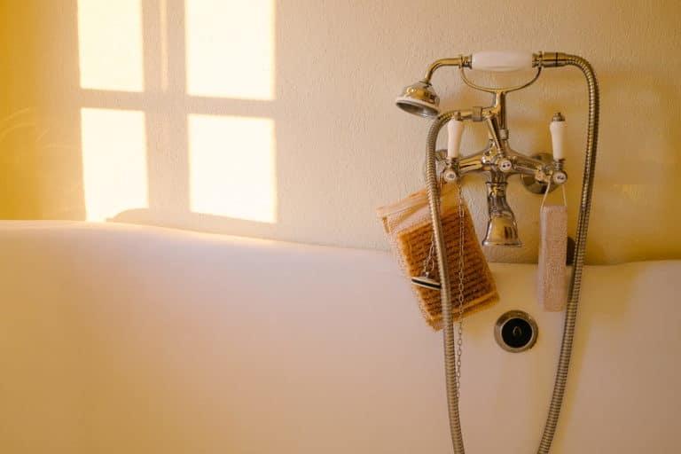 entretien chauffe-eau gaz baignoire