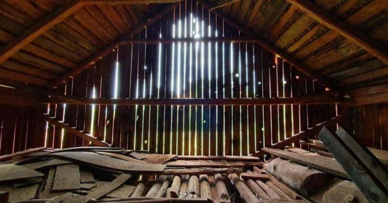 Image d'une isolation du toit par l'intérieur au top
