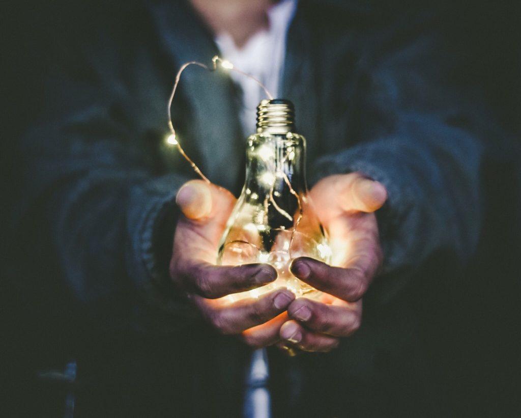 ampoule avec lumière led